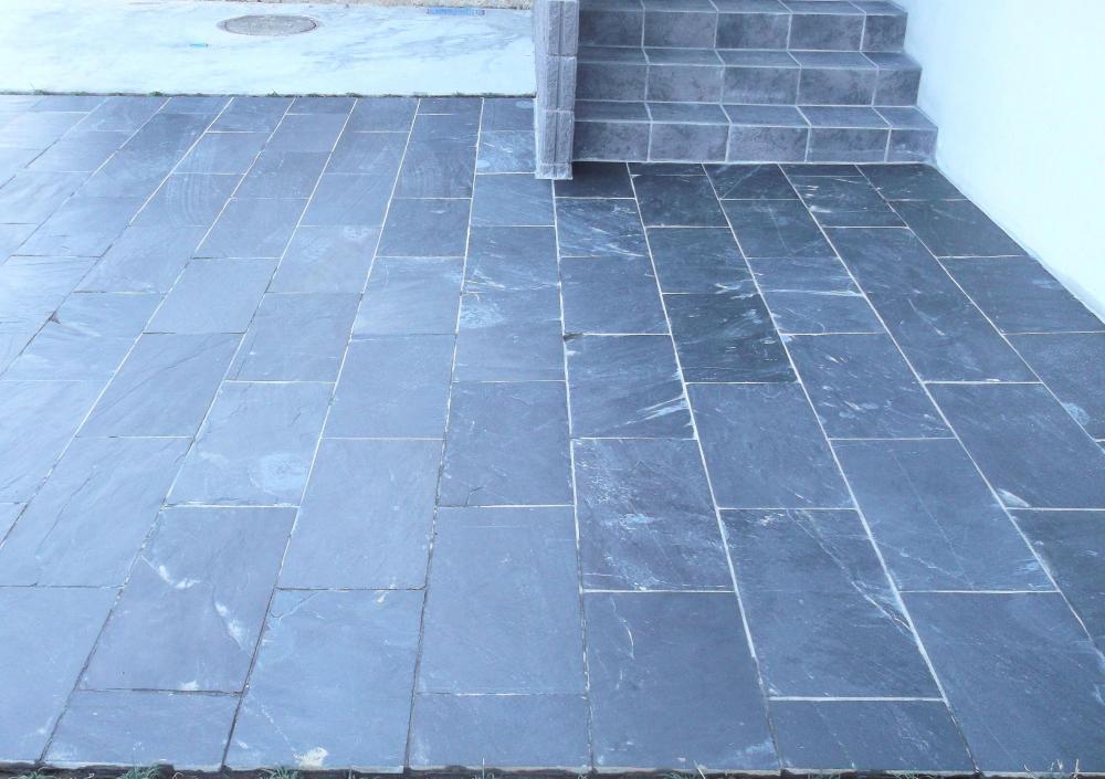 ブラックスレート 方形床貼り