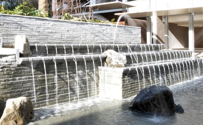 石英岩ラストグレースティック施工例