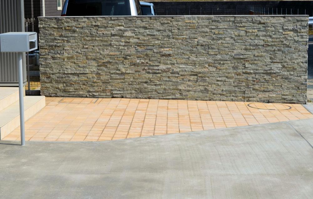 石英岩ウォールパネル パティーナ 施工例