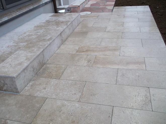 石灰岩マロンベージュ施工例